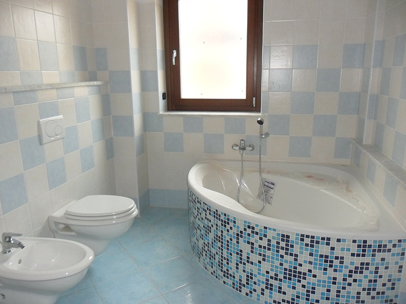 Renovation of bathrooms and hydraulic works in general
