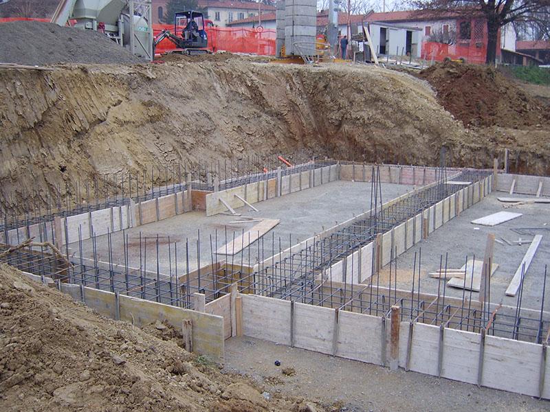Opere in cemento armato ristrutturazioni la stella for Fondazioni per case in legno